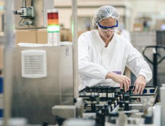 Aroma-Zone mobilisée pour la production de gel hydroalcoolique